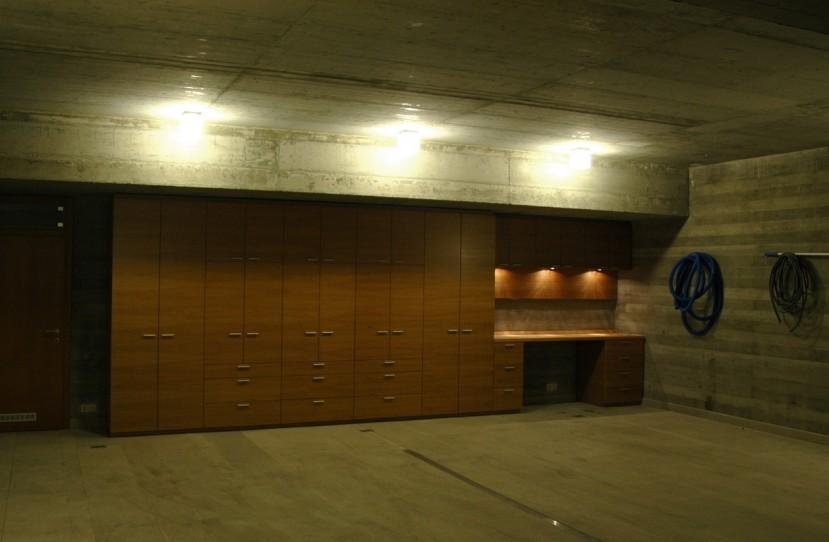 Egyedi beépített szekrény tervezés.