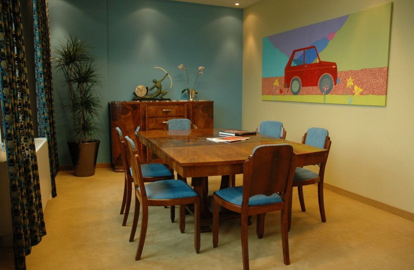 Egyedi tárgyalóasztal tervezés.