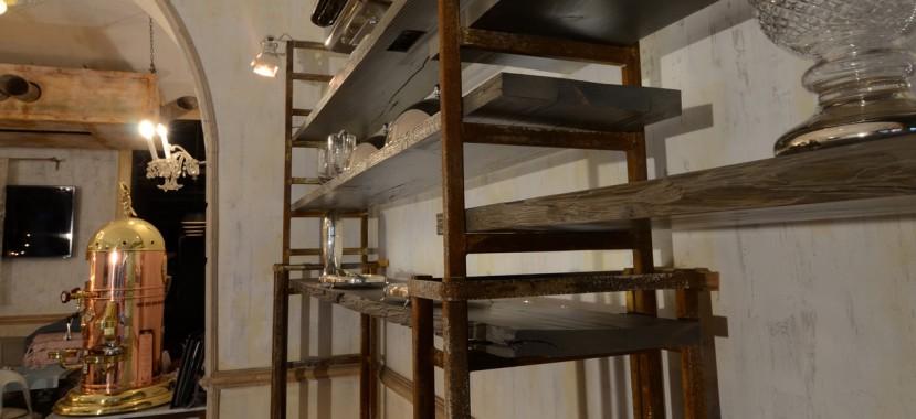 Rom stílusú étterem belsőépítészeti kivitelezése.