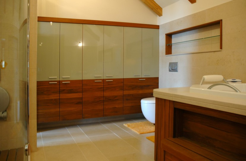 Egyedi fürdőszoba szekrény tervezés és kivitelezés.