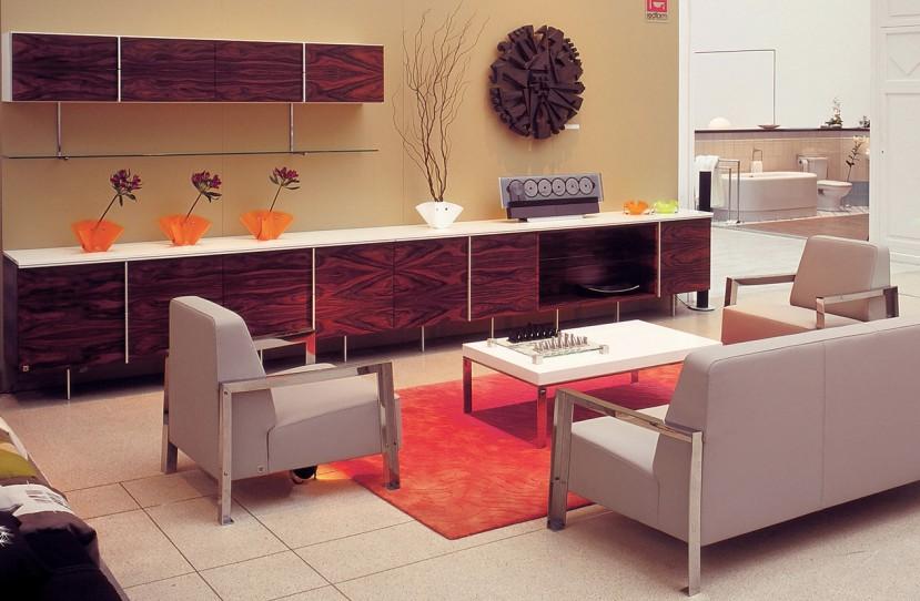 Veres Péter belsőépítész tervei alapján kivitelezett nappali bútor és ülőgarnitúra.
