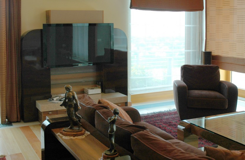 Nappali szobába különleges TV bútor.